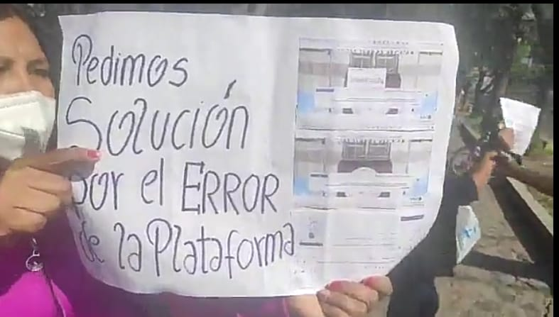 Arequipa: Postulantes del CEPRUNSA protestan por no haber podido dar examen virtual