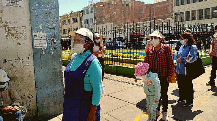 CONTROLAN USO DE PROTECTOR FACIAL EN LOS MERCADOS DE AREQUIPA